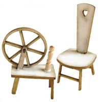 1/24th Spinning Wheel & Stool