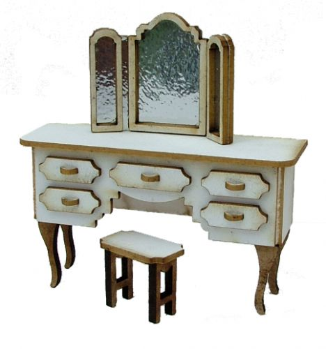 1:24th Dressing Table Set